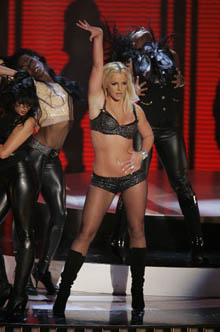 britney-mtv-awards1.jpg